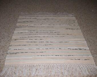 Handwoven Kaki w/ Black Flecks Rag Rug 25 x 30