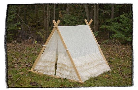 NEW PRICE - Kids Lace Ruffle Teepee Play tent