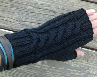 Wool Cable Knit Fingerless Gloves Black