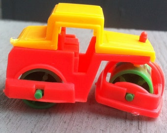 1978-1982 Plastic Construction  Equipment Toy STEAM ROLLER