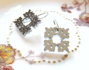 Snowflake Charm Earrings Glossy Square Silver