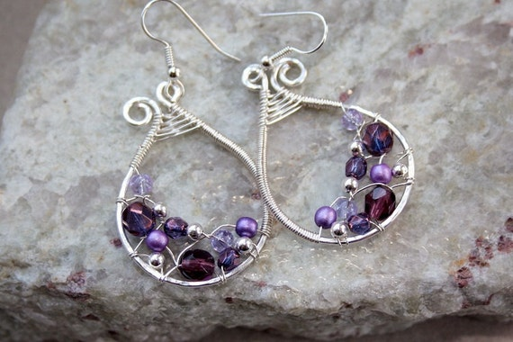Shades Of Purple Silverplated Woven Paisley Earrings Size Medium -FREE SHIPPING