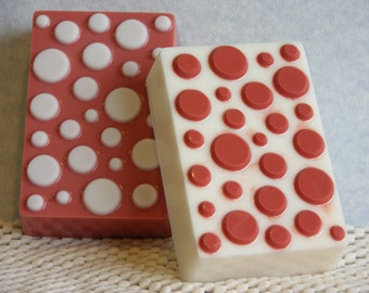 SUN RiPENED RAsPBERRY Soap Set - BBW Type* Scent - Fruit Scented - Handmade Gift Soap - Polka Dots - Decoration - Made In USA