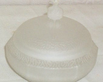 Vintage Art Deco Satin Frosted Glass Powder Jar Box Lady Woman Bathing Beauty