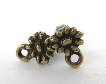 Antiqued Brass Ox Flower Earring Post Ear Stud Daisy Finding Earwires Sunflower Vintage Style erw0108 (2 pc, 1 pair)