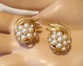 Pretty vintage signed Trifari faux pearl Earrings