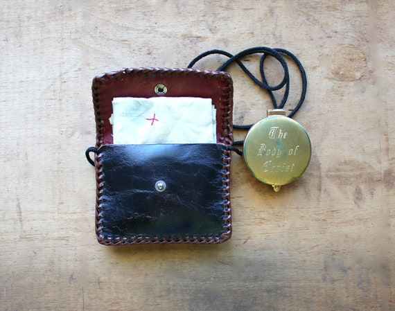 Holy - Antique Victorian Pyx Engraved Communion Wafer Box With Leather Pouch and Linen - Antique Catholic Collectible