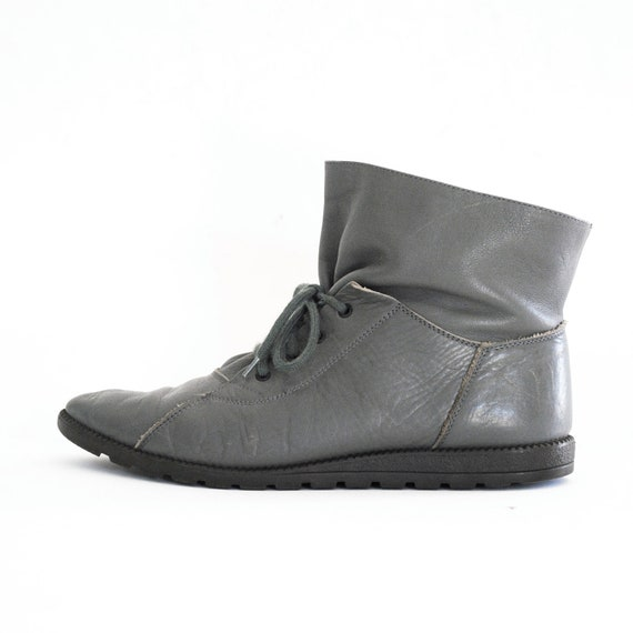 80s Kenneth Cole Grey Leather Paper Bag Pixie Booties Ankle Boots 8, 7.5