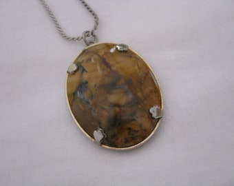 Pretty Oval brown marble look vintage pendant on 18 chain