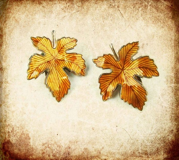 Vintage Clip Earrings Autumn Leaves for Fall Fashion