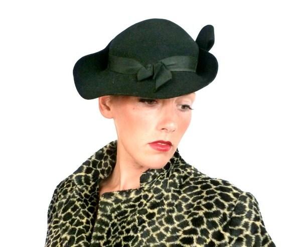 Vintage 1930s Black Hat // 30s Sculpted Topper Hat