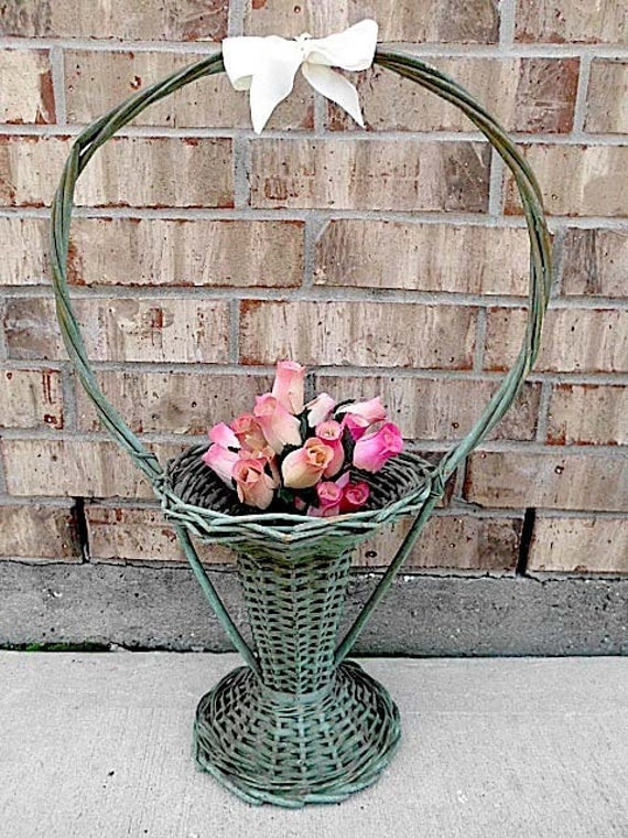 Vintage - Woven Wicker - Wooden - Shabby French Country - Wedding - Funeral Basket - CHIC Display