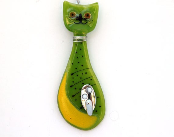 Small Key Wall Decor : Items similar to wall key hanger hook small yellow green