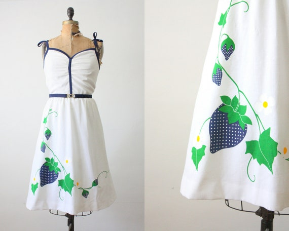 vintage 1970's strawberry print dress