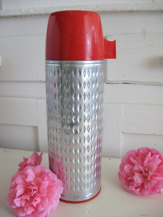 Vintage Aluminum Thermos - Diamond Plate Style - So Kitschy Retro - Chraming Vase or Flag Holder - Or for everyday Use