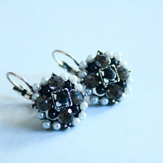 Earrings with Beads and Rhinestone