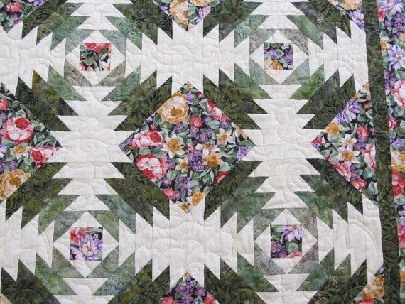 Floral Pineapple Log Cabin Batik Lap Quilt