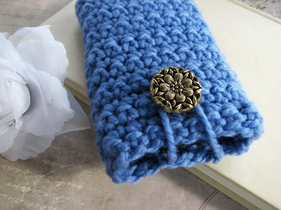 Powder Blue Crocheted Large Gadget Cozy iPhone Samsung Camera Case