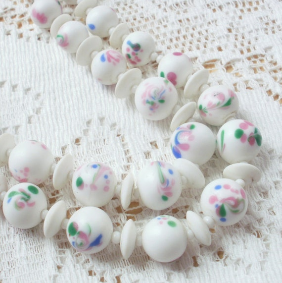 Beautiful Vintage Beaded Necklace from Japan