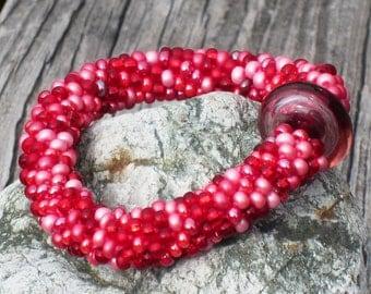 Peony bead crochet bracelet...FREE SHIPPING................................