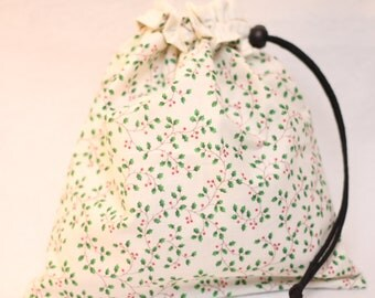 Holly Berry Holiday Gift Bag, WHITE Christmas, Reversible, Large