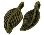 10 Brass Leaf Charms Antiqued Brass Charms 10 pieces tibep-zn7729-ab-lf CLEARANCE