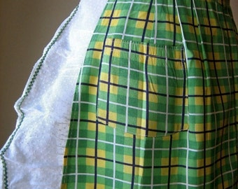 APRON Kitchen Skirt Bottom Cover PINAFORE Vintage NEW Green Plaid Organdy Ruffle