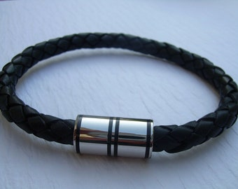 Mens Black Braided Bolo Leather Bracelet with Stainless Steel Magnetic Clasp
