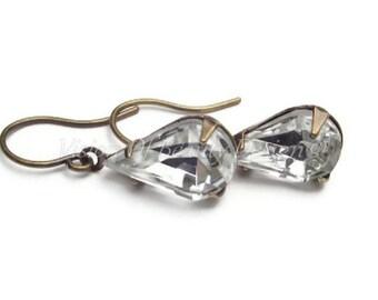 Crystal Clear Vintage Rhinestone Earrings