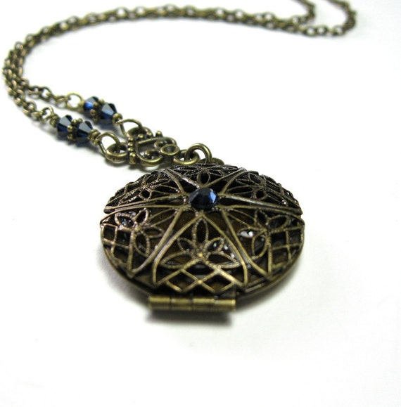 Vintage Style Locket Necklace, Indigo Blue Swarovski Vintage Victorian Style Jewelry
