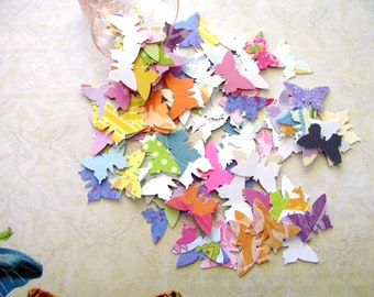 100 - BUTTERFLIES - CONFETTI - DIECUTS - Assorted Patterns - Free Secondary Shipping
