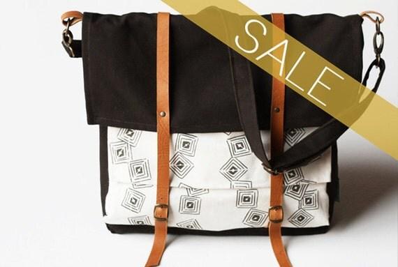 SALE- brown cascade messenger bag