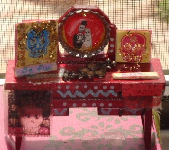 mini Day de los Muertos table top shrine