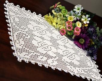 Four flower Crochet Doily 2
