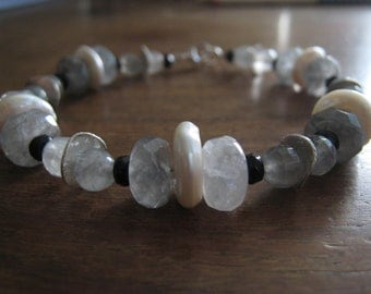 Gray quartz, pearl, onxy and sterling silver bracelet