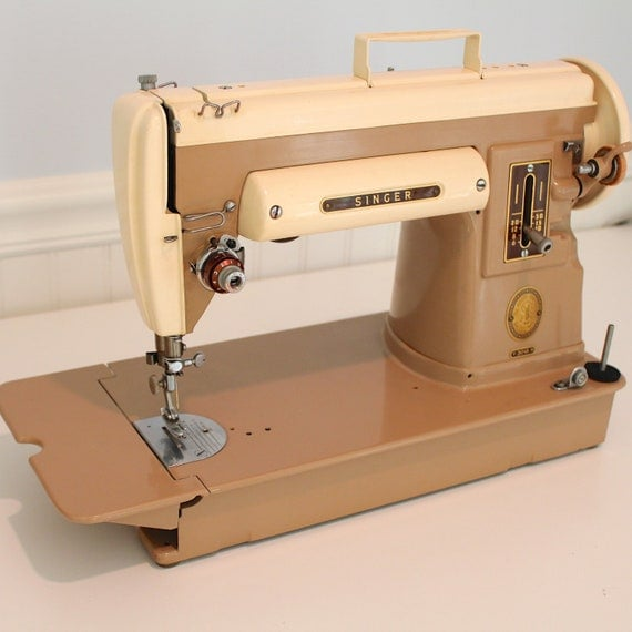 vintage singer portable sewing machine 301a slant needle. Black Bedroom Furniture Sets. Home Design Ideas