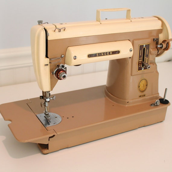 Vintage Singer Portable Sewing Machine, 301a slant needle, with carrying case
