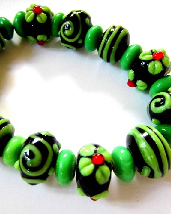 25 Handmade lampwork beads green glass bracelet set strand Bill 2