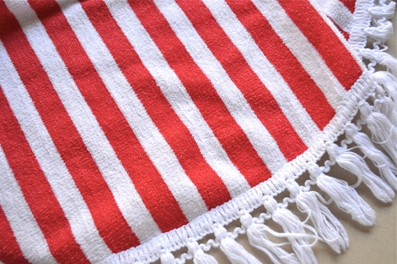 Vintage Tablecloth - Terry Cloth Stars And Stripes - 52 inch Round