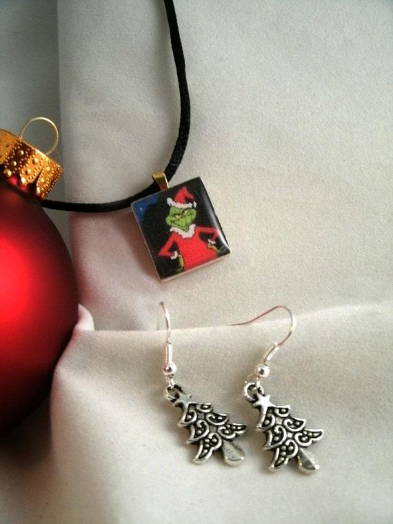 Grinch Scrabble Tile Resin Drop Top Necklace Pendant