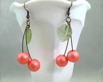 Peachy Keen Cherry earrings, beaded bing cherry drop earrings, rockabilly retro fruit jewelry