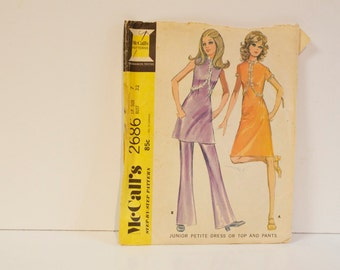 Vintage 1970 McCalls Pattern 2686 Junior Petite Dress or Top and Pants