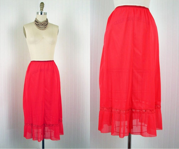 1950s Slip - Vintage 50s Fiery Red Nylon Chiffon Crystal Pleat Half Slip m l - ROJA