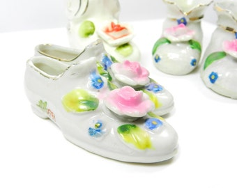 Miniature Glass Shoes Vintage Collectible, Antique China, White Pink Flowers 5 pcs, Baby Booties
