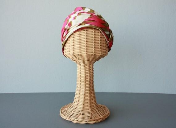vintage turban / 1950s turban / 50s silk turban / pink  cloche / silk toque