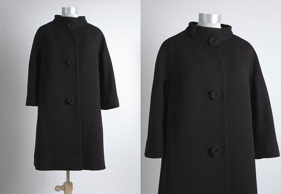 1960's Vintage Originala Black Wool Coat with Unique Spiraled Buttons, Julius Garfinckel, 60's, 5