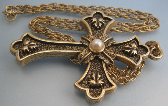 Huge Sarah Coventry Cross Pearl Necklace - Vintage 1975
