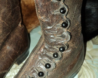 Museum deacession Antique Victorian Leather Button up Boots Late 1800s Original Display