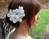 Lillian-Set of Six Flower Hair Pins in White or Ivory