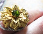 Vintage Gold Flower with Peridot Rhinestone Center Adjustable Ring